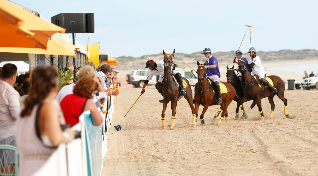 cable beach polo tournament polo game polo WA australian polo 7